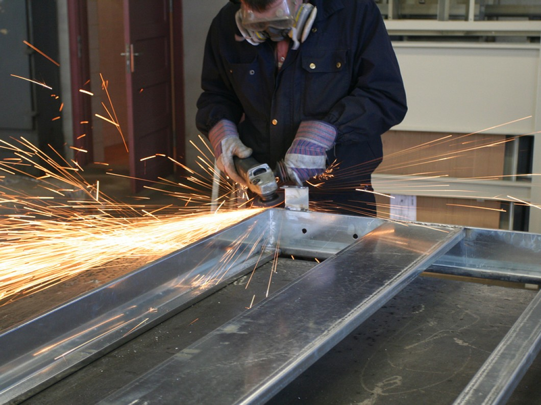 Sheet Metalwork Essential Fabrications